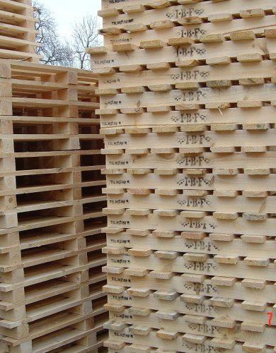 Palety-drewniane-zdjecia (1)